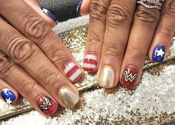 4th of July Nail Art Design Wonder Woman