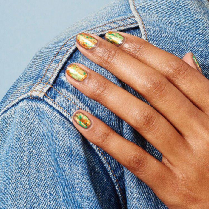Easy-Nail-Designs-For-Lazy-Girls holographic glitter nails