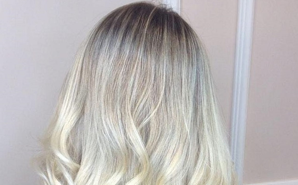 Ice-Blonde-Is-The-Perfect-Winter-Hair-Color-61