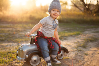 how-to-choose-affordable-and-fashionable-toddler-clothing