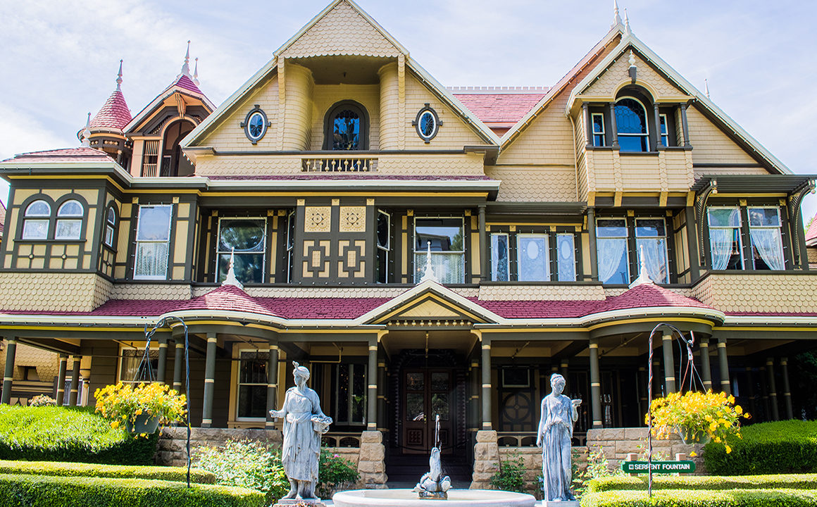 the-winchester-mystery-house-sarah-winchester-malorie-mackey-main-image-FN