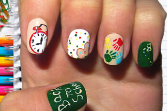 cute_back_to_school_nail_art_ideas_2020