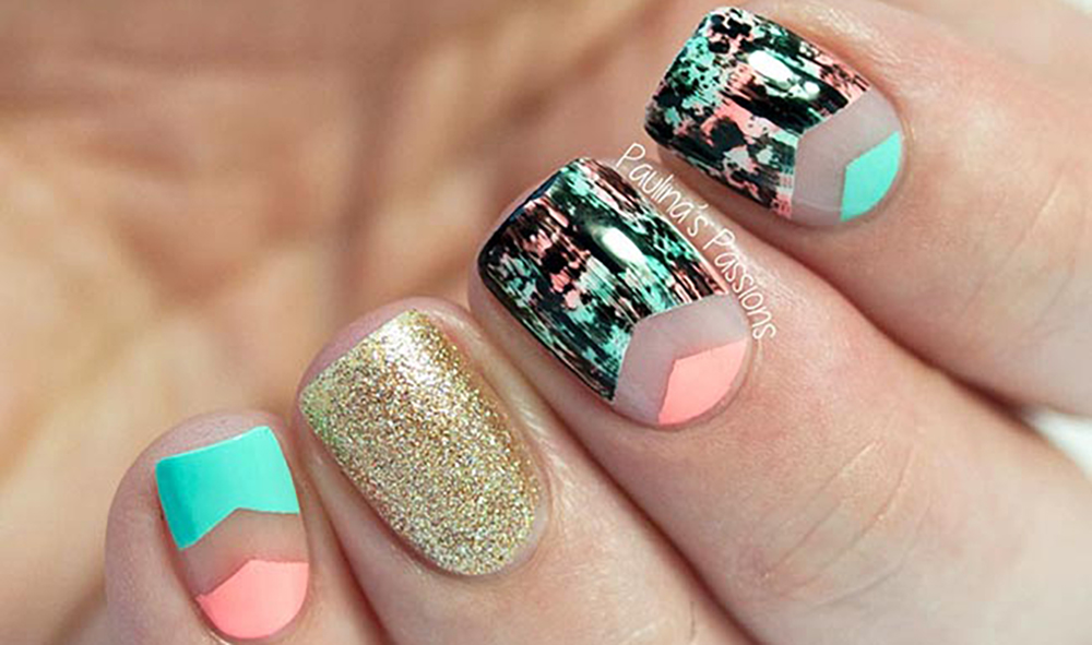 negative_space_nail_art_trendy_in_2020