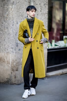 Paris In The Fall Wallpaper The Street Style Crowd Wore Pops Of Orange At Milan Men S