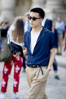 Showgoers Experimented With High Waisted Pants At Paris