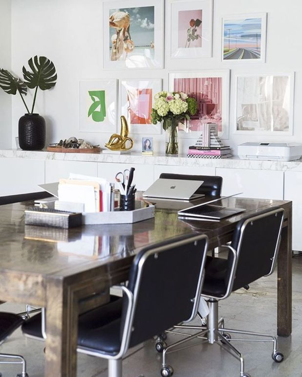 This seems like the type of office that'd just somehow always have LaCroix in the fridge. Photo: @theeverygirl_/Instagram via @songofstyle
