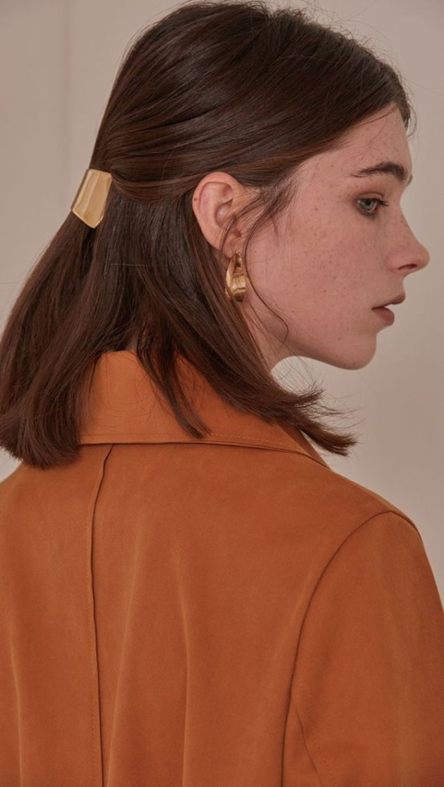 how to style a barrette - fashionista