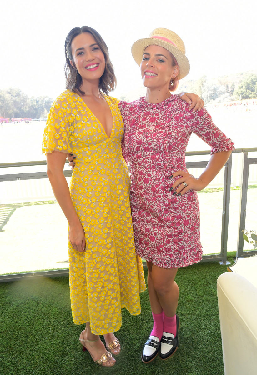 Mandy Moore and Busy Philipps at the Veuve Clicquot Polo Classic Los Angeles at Will Rogers State Historic Park. Photo: Charley Gallay/Getty Images