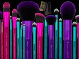 moda brushes