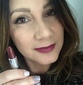 shanghaisuzylipsticks mrs French Winter Maroon.