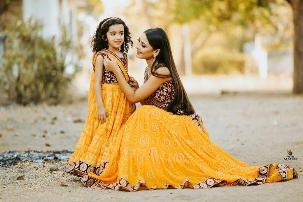 Mother Daughter Lehenga Combo 1