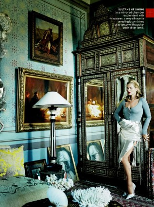 Kate-Moss-Chiwetel-Ejiofor-Vogue-US-December-2013-006