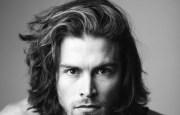 eye-catching long hairstyles
