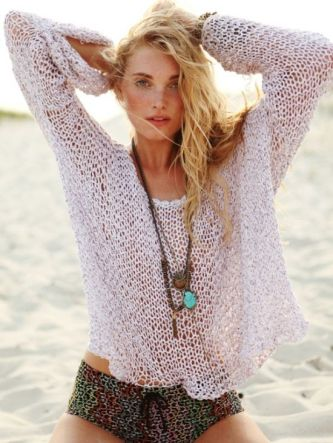 beach-fashion-lady-clothes-outfits-beauty