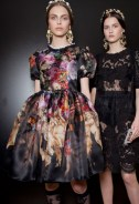 dark-blooms-floral-fashion-backstage-at-dolce-and-gabbanna