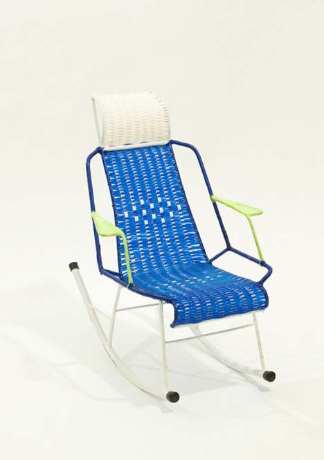 marni-100-chairs-inhabi-tants-the-migrating-multitude-chairs-03