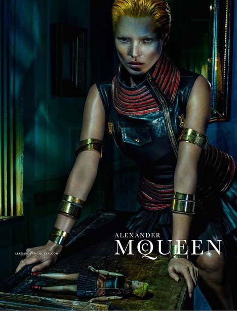 Kate-Moss-McQueen-04