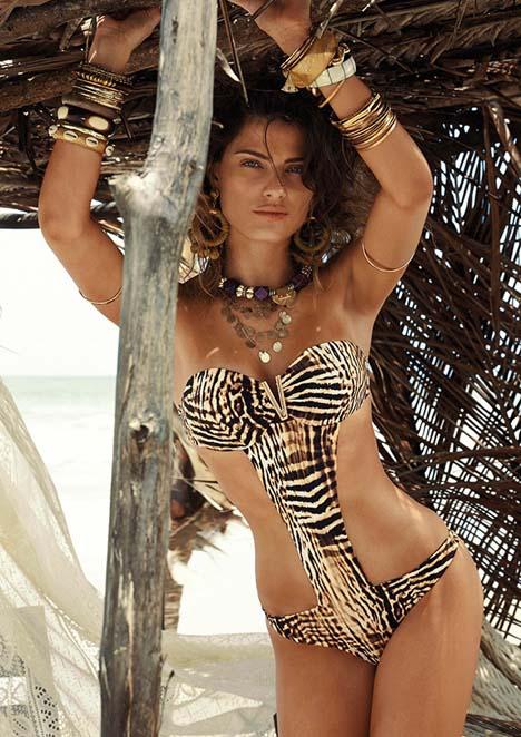 isabeli-fontana-bikinis-morena-rosa-2015-05