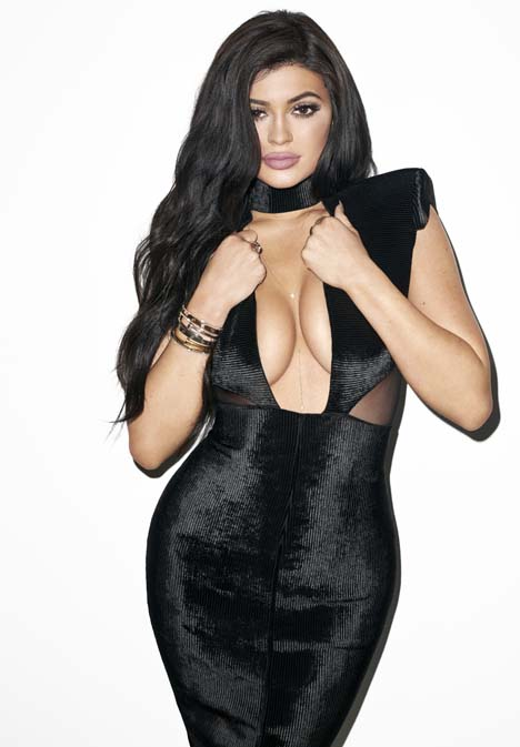 Kylie_Jenner_Galore_Mag_5