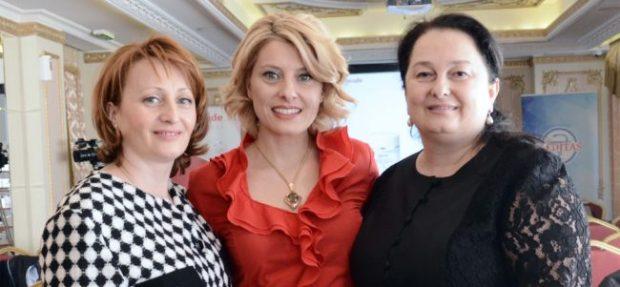Dame koje su omogućile da 'Skincode' bude dostupan i na našem tržištu. Branka Ninković, vlasnica firme 'Meditas' sa stručnim saradnicama Zoranom Ivetić i Zoricom Savić