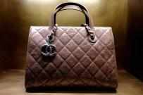 chanel-boutique-london-vogue-17-10jun13-sk_b_1440x960