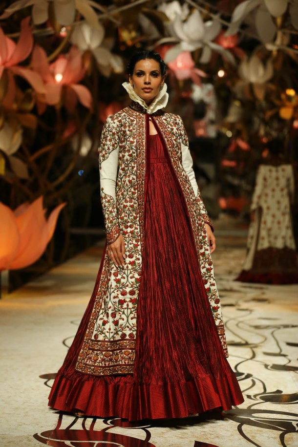 Victorian Collars spotted at Rohit Bal's show at the IBFW
