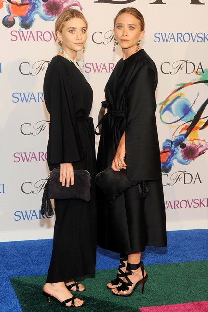 CFDA Awards Winners Ashley-Olsen-Mary-Kate-Olsen-Vogue-3Jun14-Rex_b_426x639
