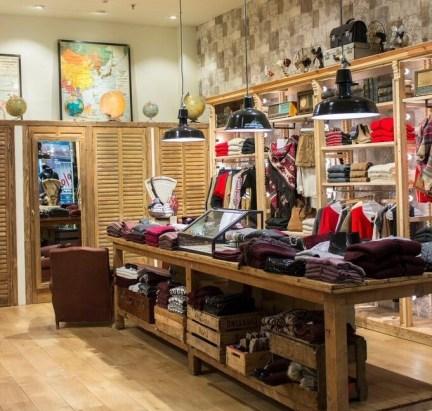 Brownie stores fashion retail