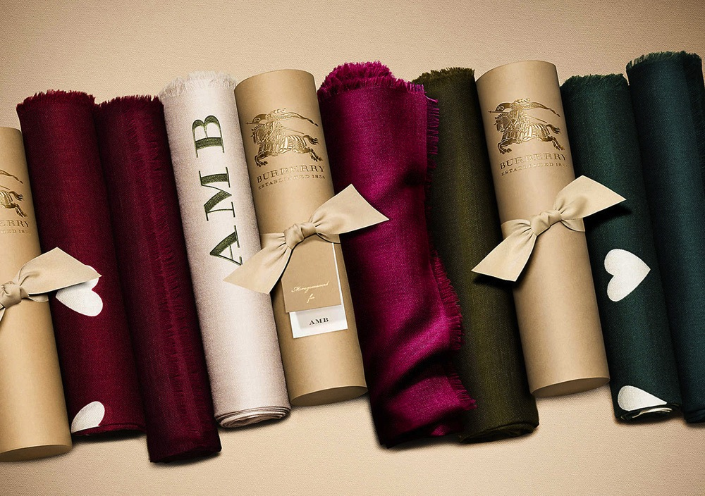 burberry-monogram-scarves