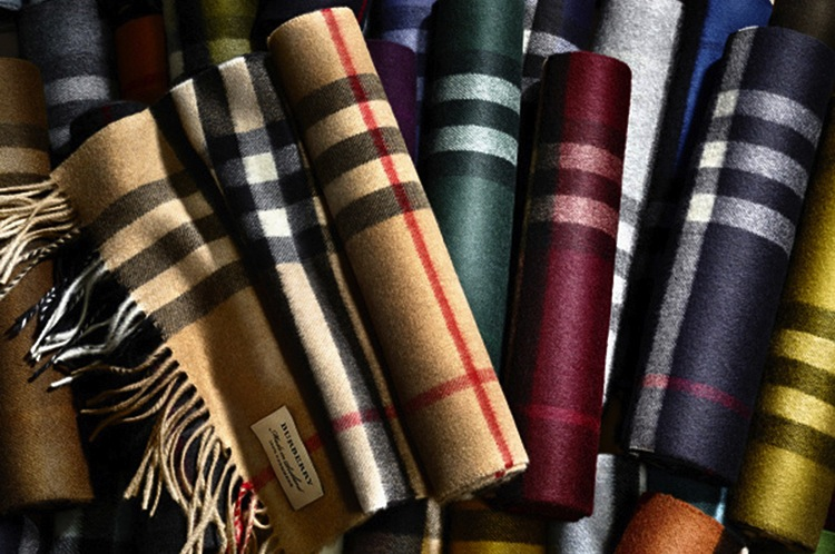 burberry-scarves-rainbow