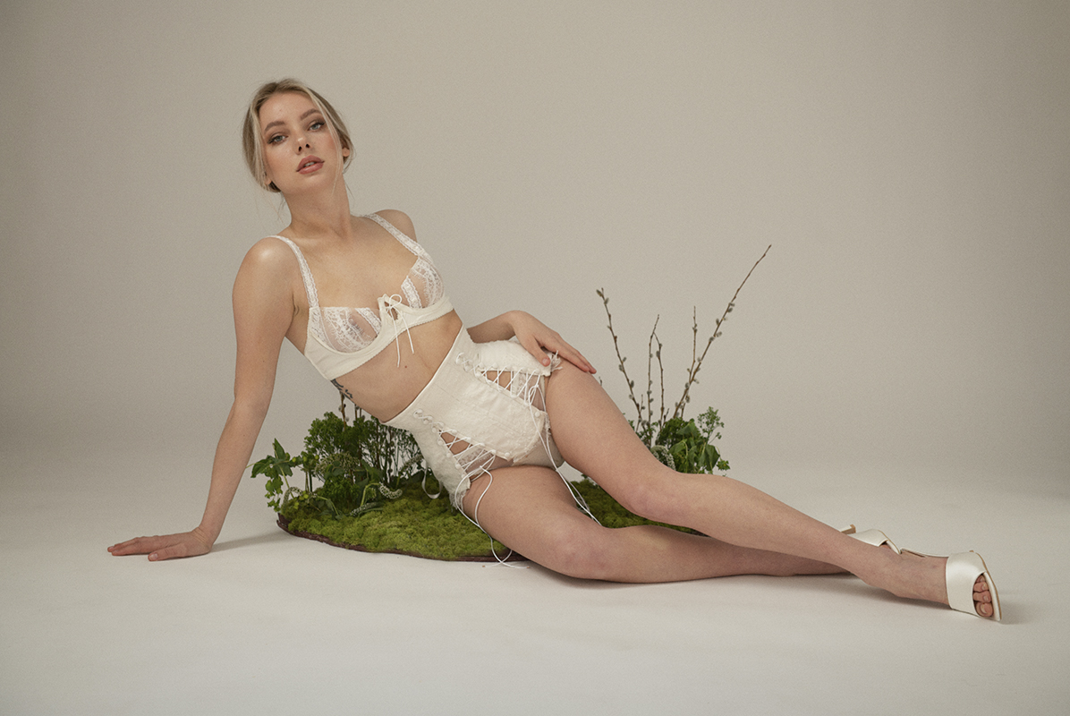 This thesis collection is inspired by modern women and breaking the traditional ideas of marriage. Rooted in patriarchal roles, heteronormativity, and classism, marriage has been transformed in the modern day. The woman wearing this lingerie is someone who sees marriage for herself, but understands the history and craves equality in her relationship.
