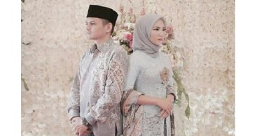 Model Baju Kebaya Couple Selendang Batik Silver