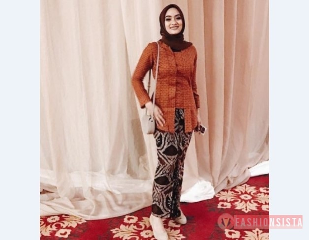 Model Kebaya Modern Kutubaru Merah Bata Fashionsista Co Model