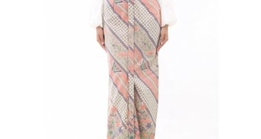Model Baju Kebaya Couple Selendang Batik Peach