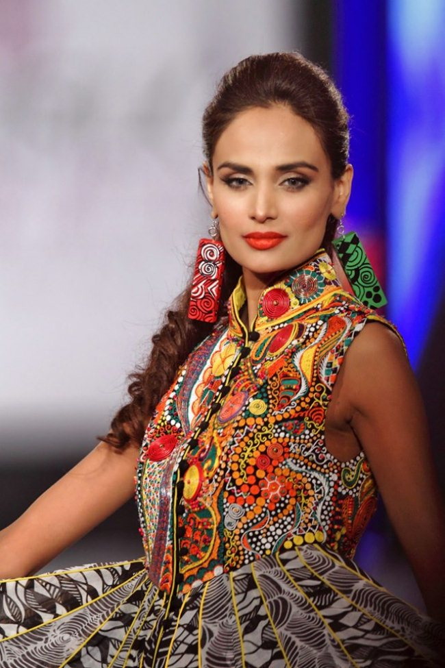 Mehreen Syed At PFDC Sunsilk Fashion Week (1)