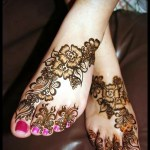 Arabic trendy Foot Mehndi Design