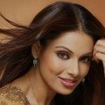 Bipasha Basu hot pictures (2)