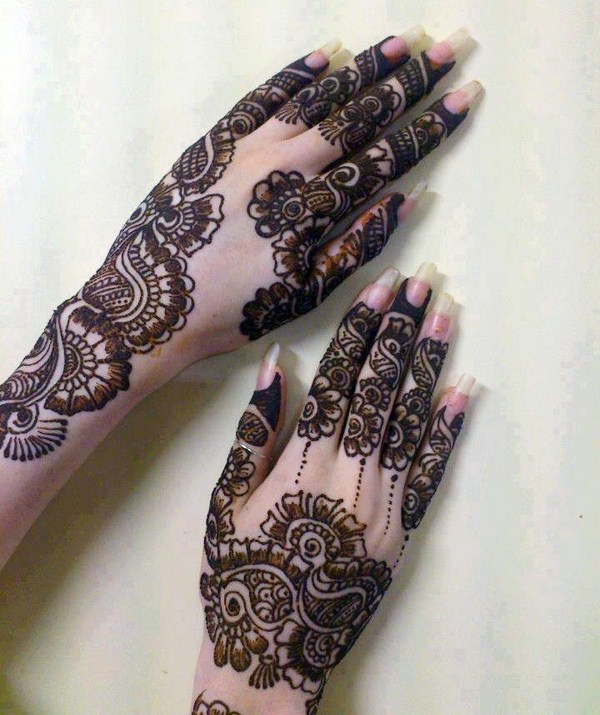 best pakistani mehndi designs