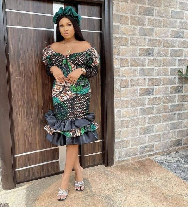 Stylish and trendy Ankara styles for chubby ladies with curves