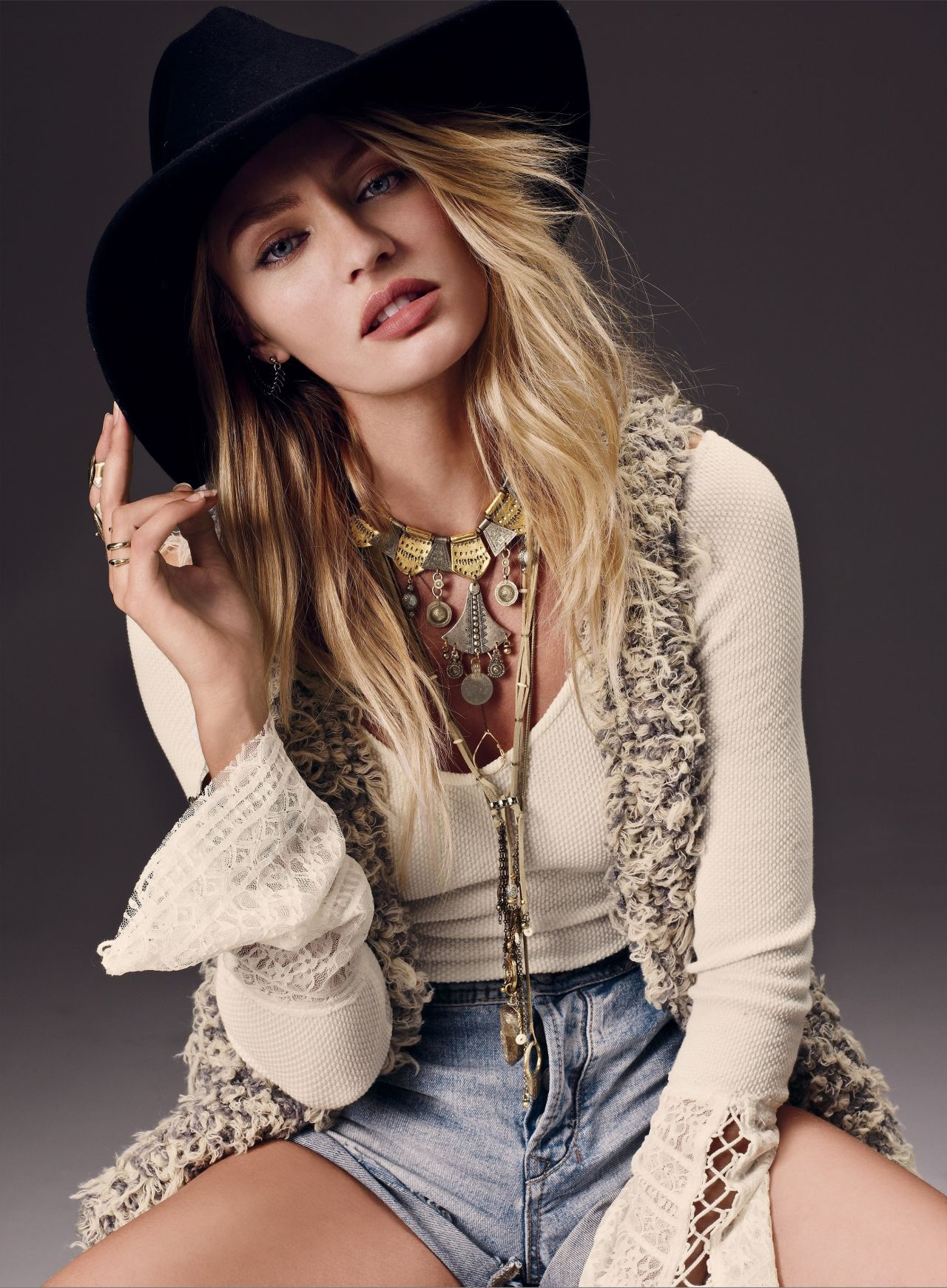 American Girl Wallpaper Com Candice Swanepoel Is Western Girl For Free People
