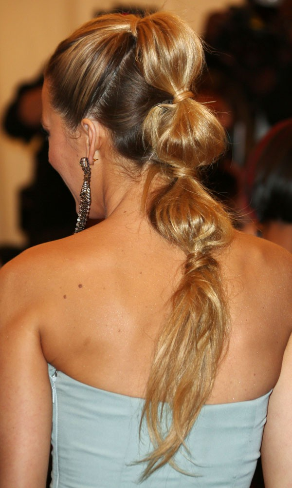 Sectioned Ponytail  New Trend to Try  fashionsycom