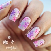 easy and simple snowflake nail