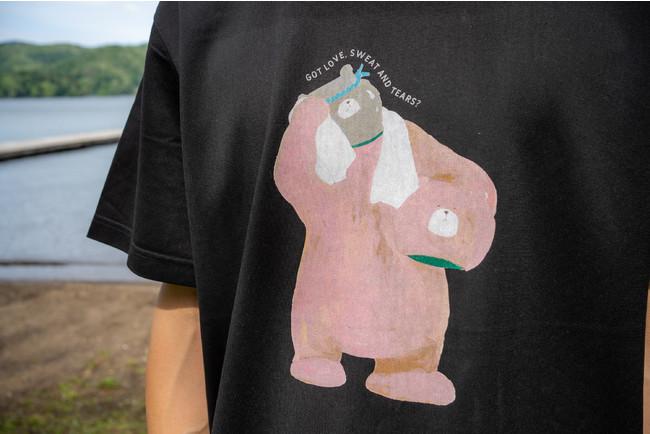 アパレルブランド「オールユアーズ」が「The Sauna」とのコラボTシャツを販売