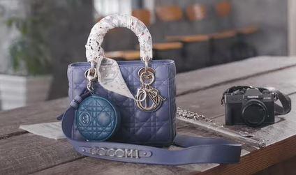 【DIOR】ジャパンアンバサダー、Cocomiのバッグの中身を公開!
