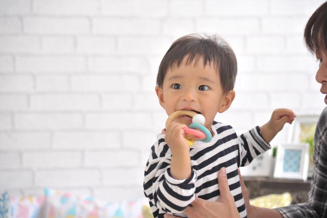 10月9日はファミリートークの日!遊びながら家族の会話を楽しもう。知育玩具メーカーエデュテがおすすめする年齢別知育玩具はコレ!