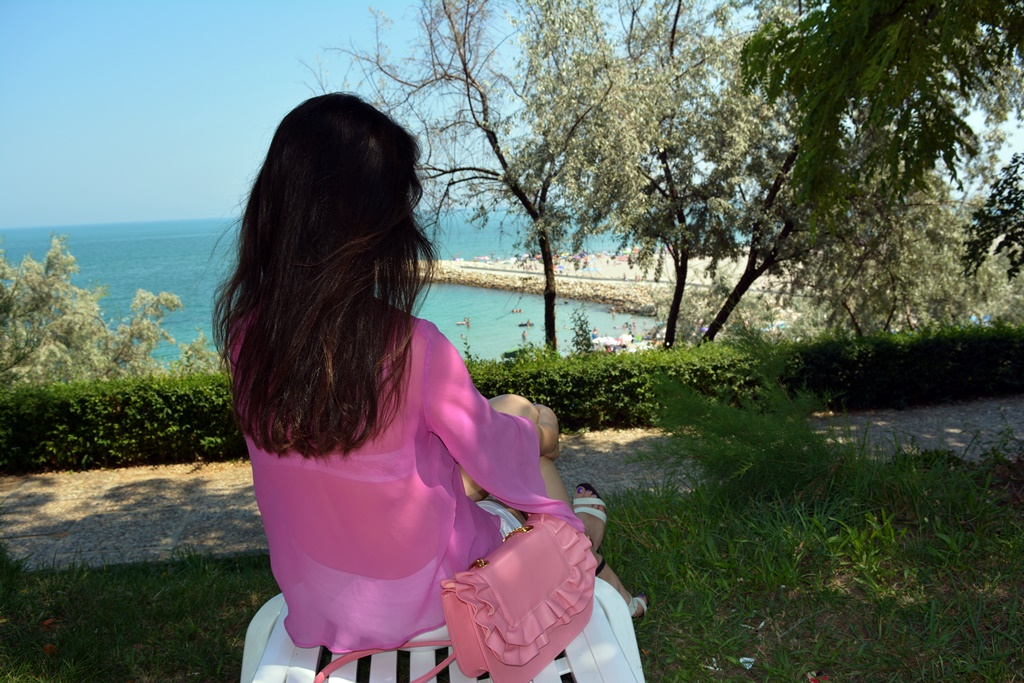 Seaside outfit pink summer bag