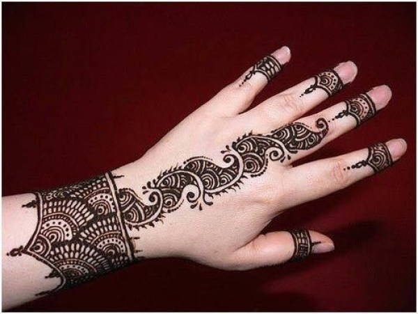 Henna Quick Stylish Mehandi Wrist: Latest Arabic Mehndi Designs 2020 Collection You Must Try