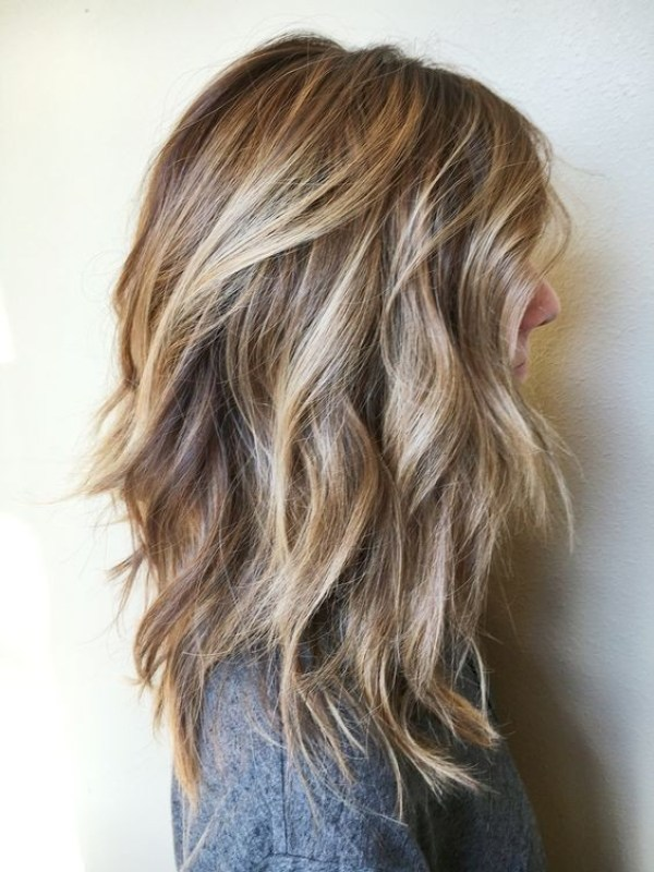 Blonde layered hairstyles for women 2021