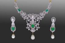 Elegant Diamond Jewellery Set Designs For 2015-16 Parites 10