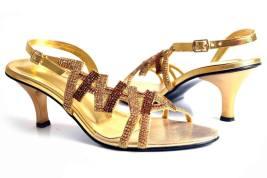 Eid Ul Azha High Heel Footwear By Metro Shoes 2015-16 16